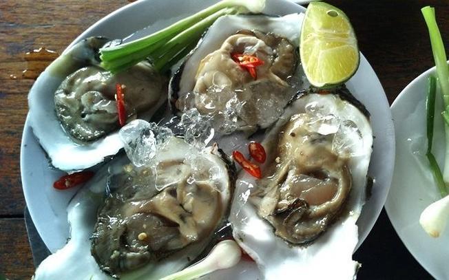 Hàu tái chanh đơn giản về chế biến mang lại nguyên vẹn hương vị biển khơi