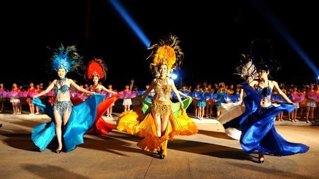 Không khí sôi động của Carnaval Hạ Long