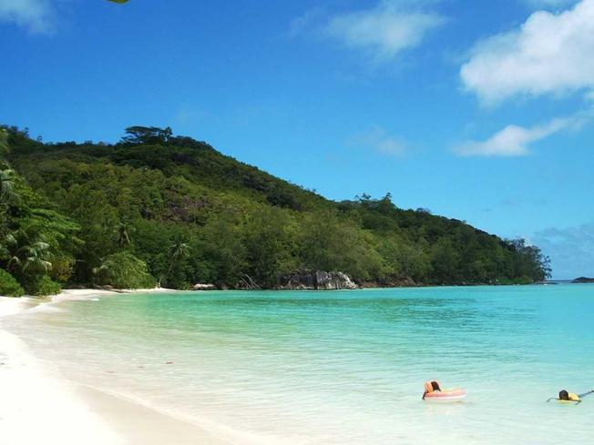Đảo Titop hòn ngọc trong lòng kỳ quan