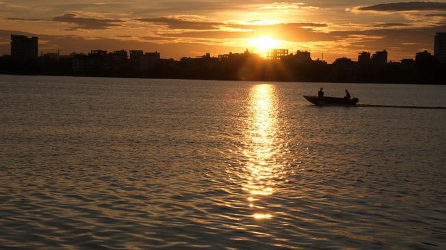 Hồ Tây cội nguồn huyền thoại