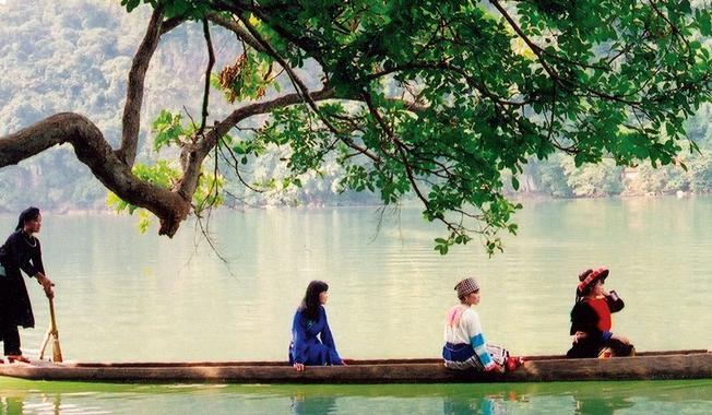 Hồ trên núi
