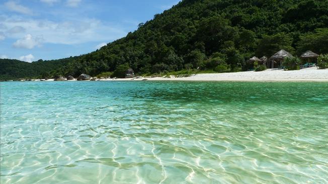 Làn nước trong xanh của Bãi Sao Phú Quốc