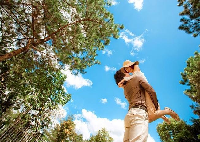 Những địa điểm đẹp ở Đà Lạt chắc chắn sẽ mang đến cho bạn phong cách thật trẻ trung, lãng mạn