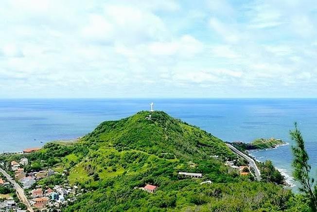 Ngọn Núi Nhỏ xinh đẹp của nổi tiếng của thành phố Vũng Tàu