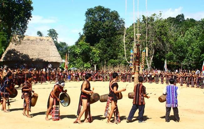 Lễ hội của đồng bào dân tộc Tây Nguyên
