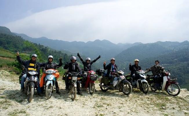 Thuê xe máy là lựa chọn số một đối với giới trẻ thích phượt vừa rẻ tiết kiệm chi chi phí