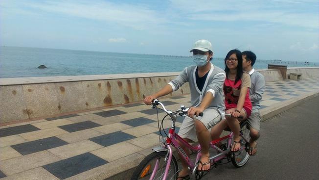 Dạo phố biển Vũng Tàu bằng xe đạp