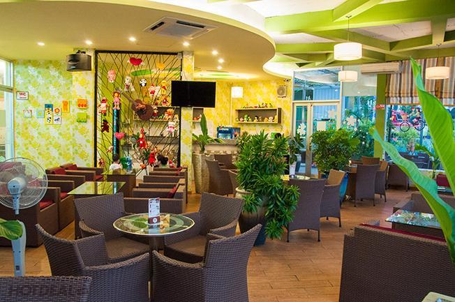 Khu ẩm thực tại Thiên Đường Giải Trí Thỏ Trắng Vũng Tàu