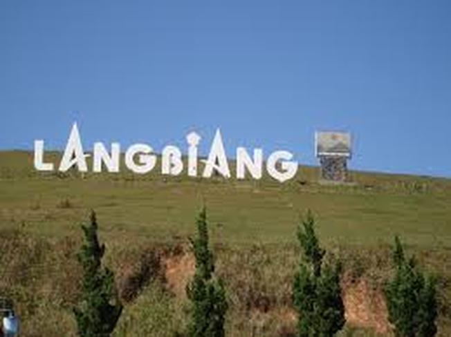 Núi Lang Biang địa điểm chụp ảnh selfie được giới trẻ ưa chuộng