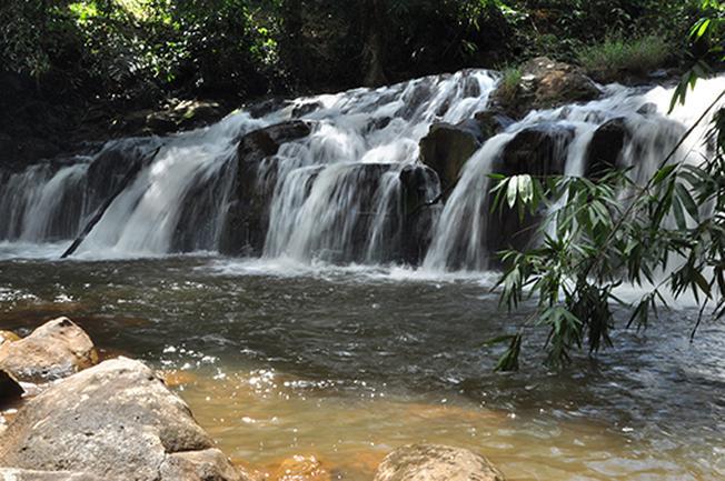 Vẻ đẹp của dòng thác