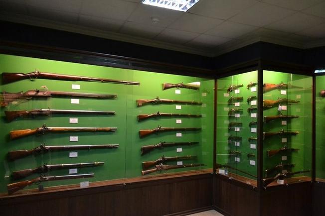 Bảo tàng là nơi lưu giữ hơn 1200 khẩu súng các loại ở nhiều thời kỳ lịch sử