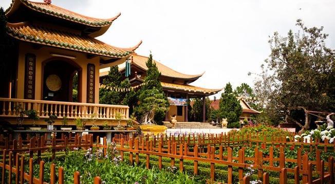 Khung cảnh tuyệt mỹ nơi Thiền viện Trúc Lâm