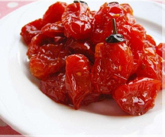 Mứt cà chua bi – thức quà vặt vừa ngon, vừa bổ