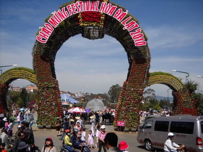 Festival hoa Đà Lạt lần III kỷ niệm 1000 năm Thăng Long