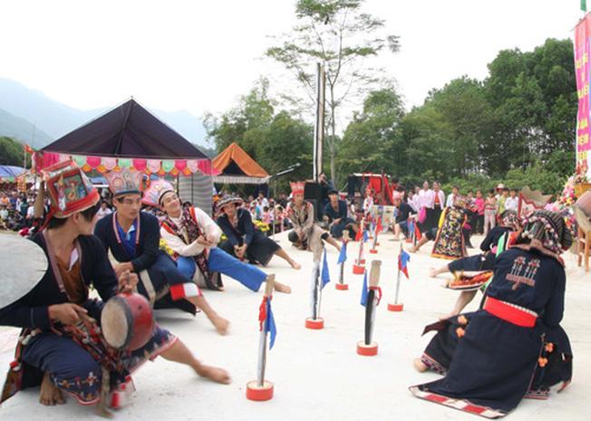 Điệu chuông nét văn hóa đặc trưng của người Dao