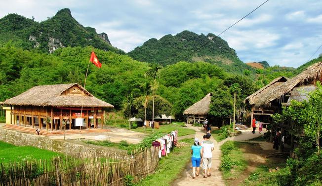Tả Phìn – bản làng nổi tiếng ở điểm du lịch Sa Pa