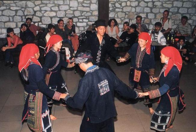 Chợ tình Sapa nét đẹp trong cuộc sống hàng ngày của dân tộc vùng cao Sa Pa