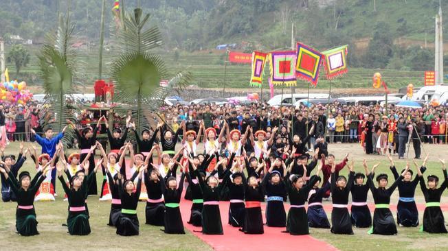 Lễ hội Lồng Tồng – lễ hội Sa Pa đặc trưng của người dân tộc Tày