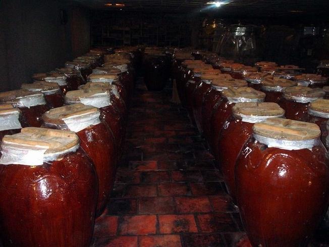 Rượu San Lùng được ủ công phu