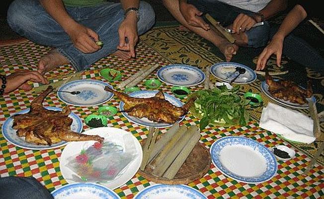 Cơm gà nướng Tam Nguyên - điểm đến hấp dẫn dành cho gia đình, du lịch nhóm