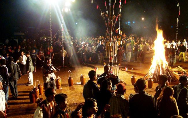 Náo nhiệt với lễ hội cồng chiêng Đà Lạt