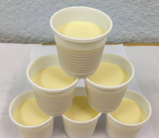 Những hộp sữa chua phô mai