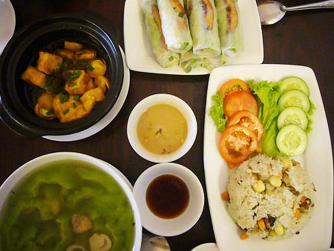 Món ăn chay rau củ một trong các món ngon Đà Lạt
