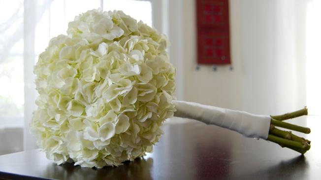 Hoa cưới Cẩm Tú Cầu trang nhã nhưng không kém phần quyến rũ