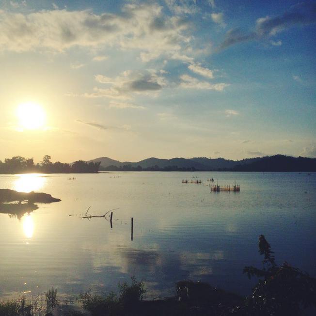 Điểm du lịch Đà Lạt Hồ Lắk trông thật huyền ảo khi hoàng hôn buông xuống