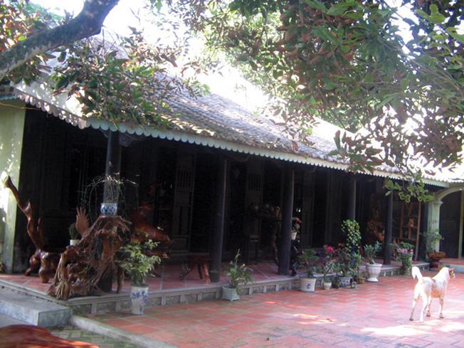 Một ngôi nhà cổ nổi tiếng của làng cổ