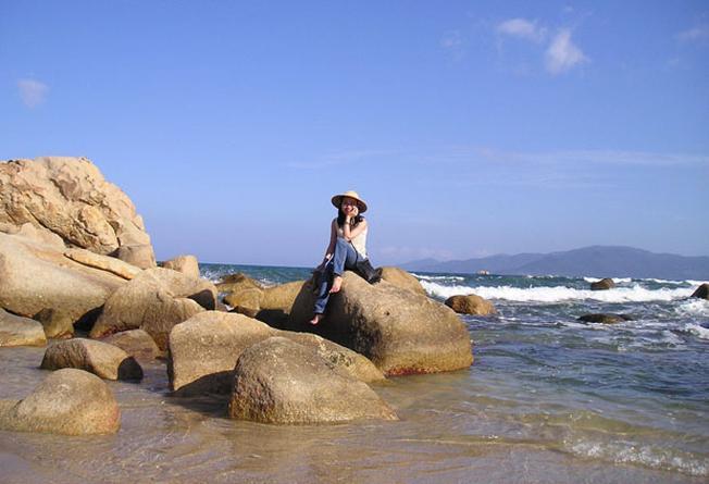 Hòn Chồng địa điểm đẹp ở Nha Trang