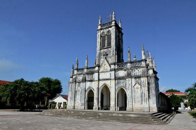 Nhà thờ Cổ Hà Dừa