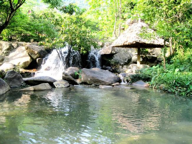 Khu Du Lịch Suối Hoa Lan Ở Nha Trang