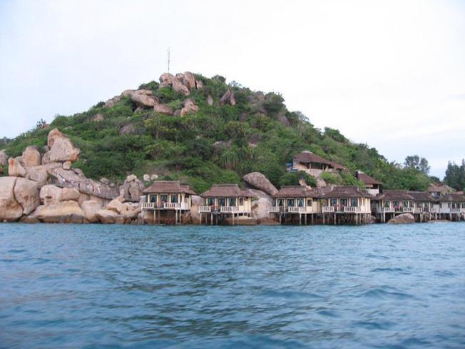 Những căn hộ trên biển tại Resort Ngọc Sương