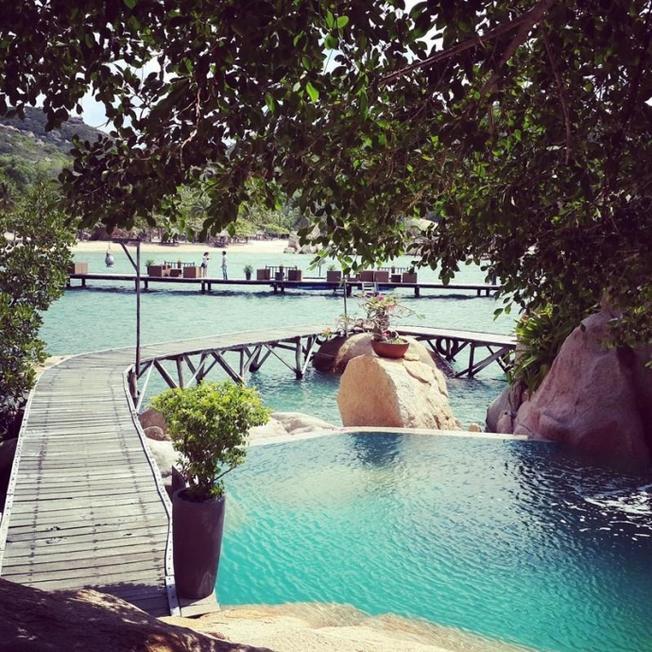 Góc nhìn từ nhà hàng resort Ngọc Sương