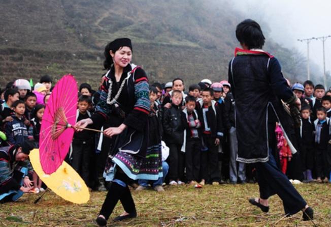 Đến vườn quốc gia Hoàng Liên, du khách có cơ hội tìm hiểu văn hóa truyền thống của đồng bào dân tộc