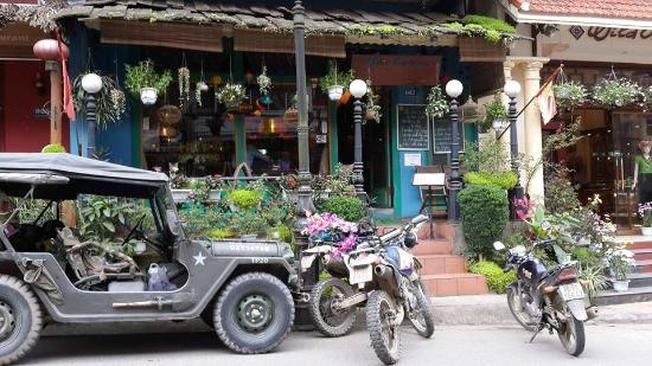 Viet Emotion Café & Restaurant