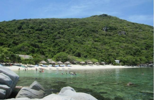 Đảo Bãi Bàng nét mới du lịch Nha Tran