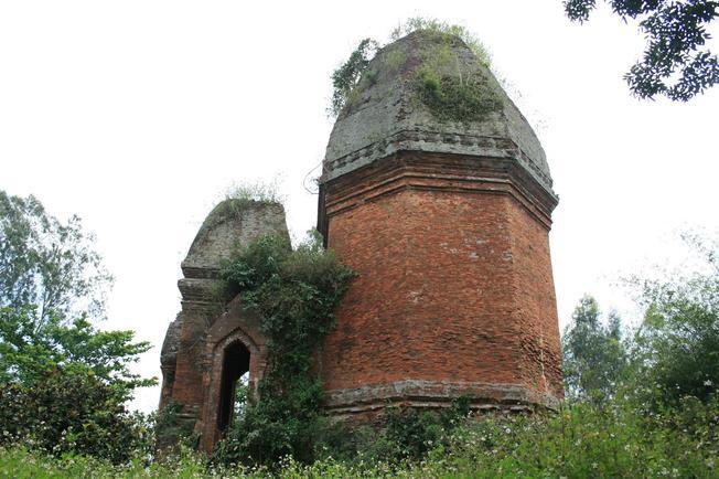 Tháp Chăm cổ Bằng An