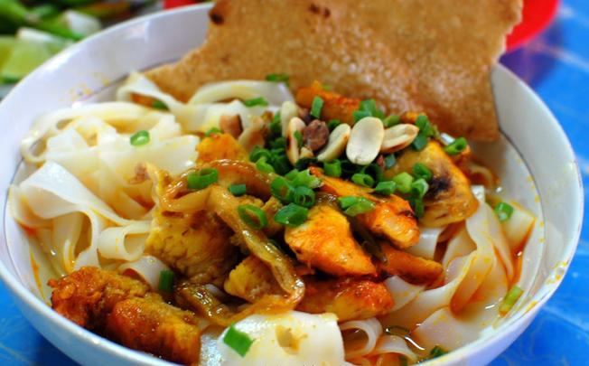 Mì Quảng cá lóc