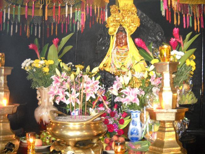 Thiên Yana Thánh Mẫu – bà Mẹ xứ sở của người Chăm (Ảnh sưu tầm)
