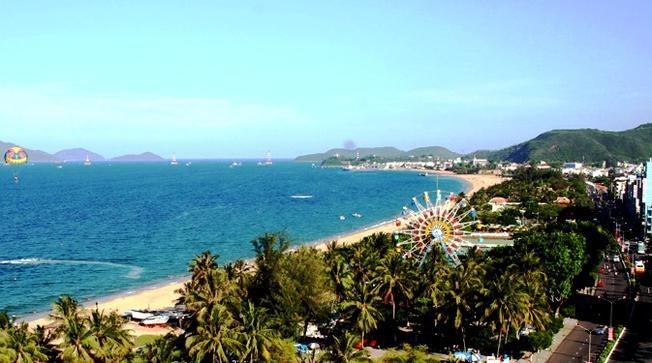 Công viên Phù Đổng tọa lạc ngay bên bờ biển Nha Trang thơ mộng
