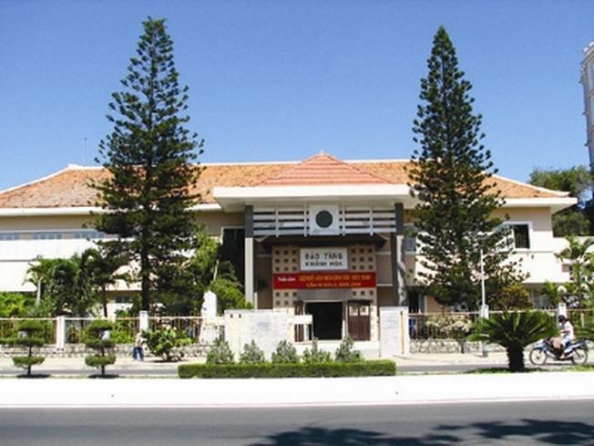 Bảo tàng tỉnh Khánh Hòa là điểm thăm quan Nha Trang được nhiều du khách yêu thích