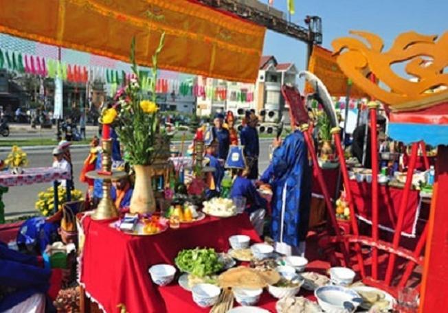 Lễ hội Cá Voi qua hàng trăm năm vẫn giữ nguyên giá trị tinh thần to lớn