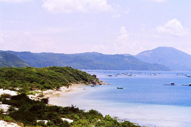 Bán đảo Đầm Môn Nha Trang