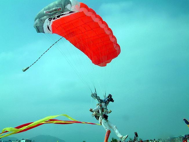 môn thể thao hấp dẫn bậc nhất trên biển ở Nha Trang