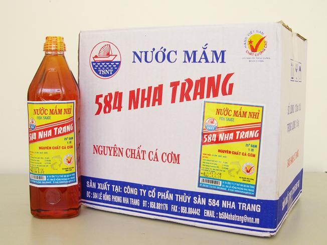 Mắm cá cơm là đặc sản của Nha Trang