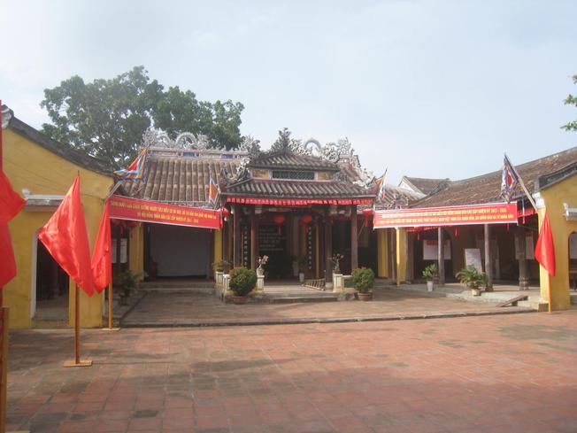 Kiến trúc của đình Cẩm Phô là tiêu biểu cho kiến trúc đình cổ miền Trung