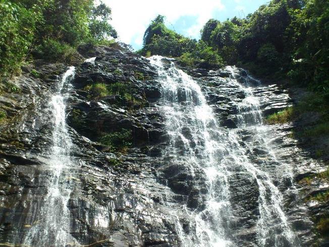 Chiêm ngưỡng vẻ đẹp kỳ vĩ của thác nước năm tầng tại Bắc Trà My