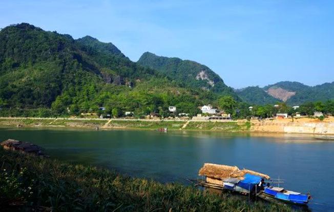 Thăm quan Sông Lô địa điểm du lịch đẹp ở Nha Trang